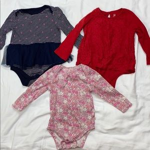 Bundle of 3 size 18-24 baby gap bodysuits